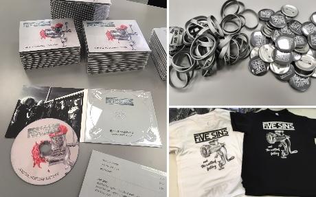 Výroba CD bookletu, silikonové náramky, placky a trička s potiskem